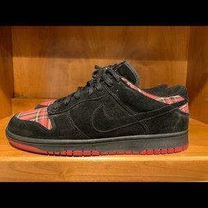 Nike Shoes - Nike Dunk